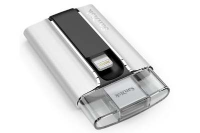 SanDisk iXpand 32 GB Flash Drive for iPhone