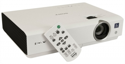 Sony VPL-DX100 LCD Home Cinema Projector 2300 Lumens (1024 x 768)
